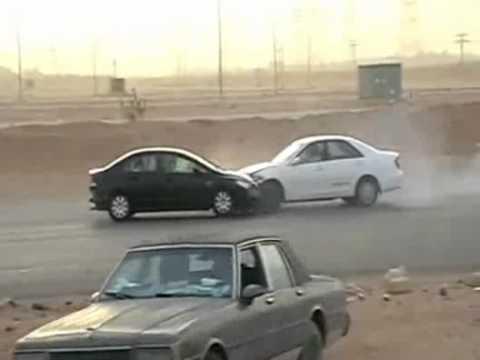 Drift Powerslides And Crashes In Saudi Arabia - YouTube
