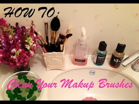 HOW TO: Clean Your Makeup Brushes (メイクブラシの洗い方)