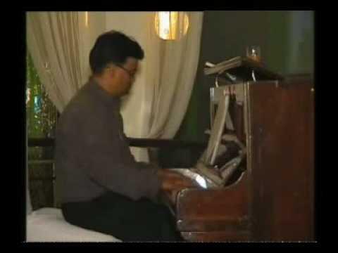 Tum Na Jane Kis Jahan Mein--Tune on Piano by PAVAN ARYA-- www...