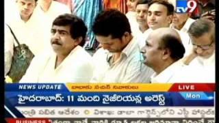 Sachin weeps on seeing Sathya Sai's body