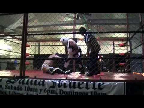 NSPW 8/24/14: Cage Match/ Lucha en Jaula- El Mejor vs La Leyenda
