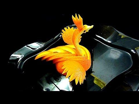 Птица из апельсина! Украшения из фруктов. Decoration of orange. Carving orange.