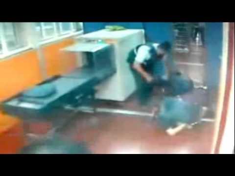 Shocking Video Of An Arab Woman Stabs An Israeli Guard