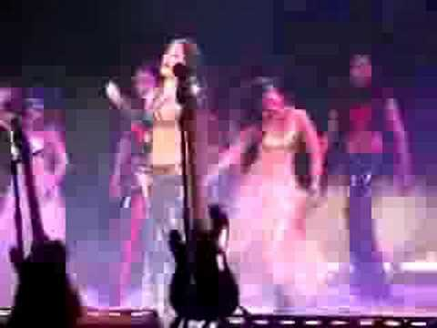 Celina Jaitley Performs at Heat 2006 to Tauba Tauba (Kaal)