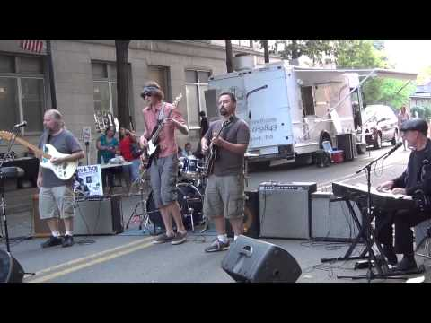 Uptown Music Collective w/ Dave Keyes-Fannie Mae (Buster Brown)- 2012 Blues A Thon