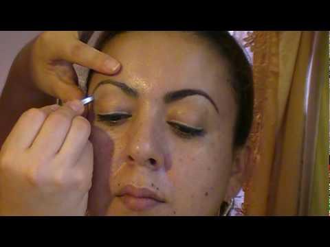 Como maquillar y dar forma a las cejas