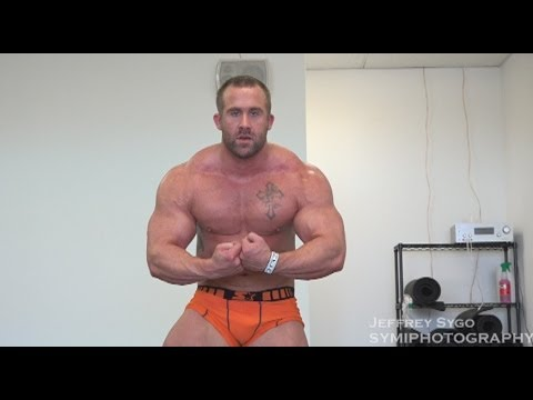 Marine Muscle Nick Rose Trains Legs In Off- Season On ...