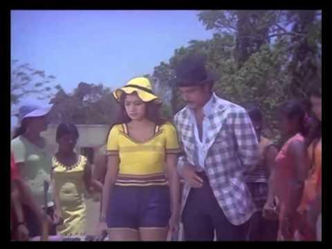 Guru │ Kamal And Sridevi │ First Meet Scene