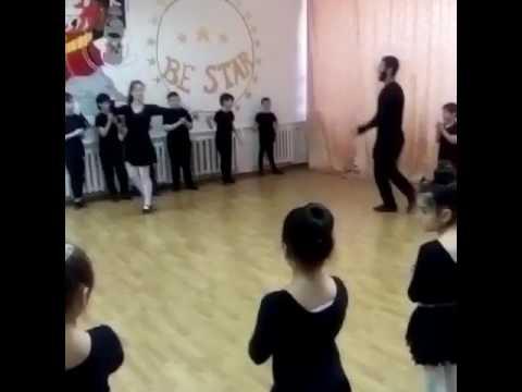 """Лучшая лезгинка Ансамбль """"Азат"""""""
