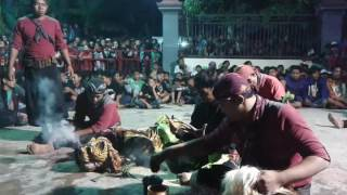 download lagu Samboyo Putro Ttm Voc Bu Yayuk & Wulan Live gratis
