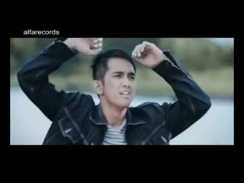 Lyla - Dan Lagi [Official Music Video]
