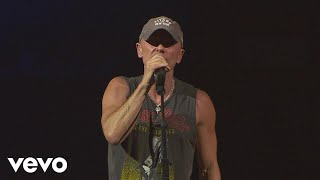 Download Lagu Kenny Chesney - There Goes My Life (Live) Gratis STAFABAND