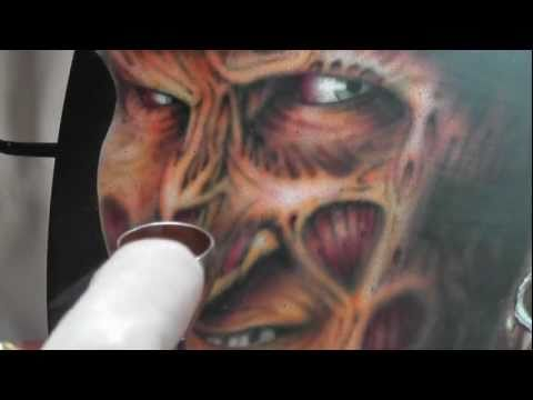 PT1 Freddy Krueger airbrushed guitar Ft. Robert Englund at Collectormania 2011