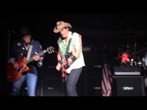 Ted Nugent - Workin