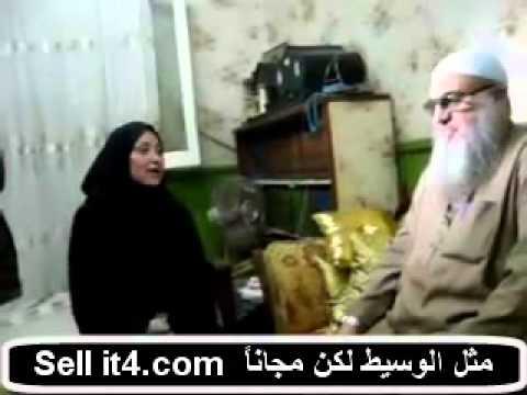 مذيعة برنامج صبايا ريهام سعيد وهي ترتدي الحجاب