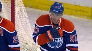 Gotta See It: McDavid injured after crashing into boards