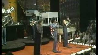 Three Dog Night - Celebrate