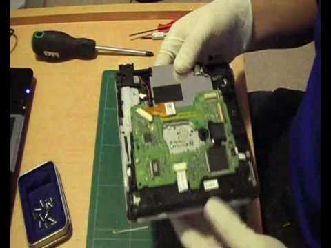 Wii Modchip Installation Tutorial - Disassembly