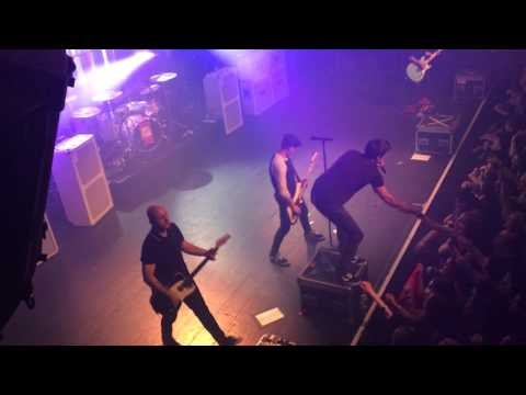 Simple Plan - Kiss Me Like Nobody's Watching live from Lausanne, Switzerland
