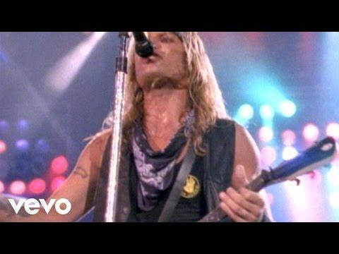 Mötley Crüe - Same Old Situation