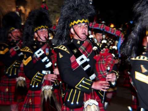 Royal Scottish Bagpipes   The Black Bear