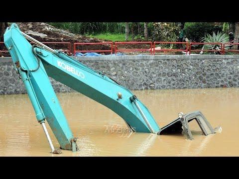 Excavator Stuck Kobelco SK200 End of Recovery