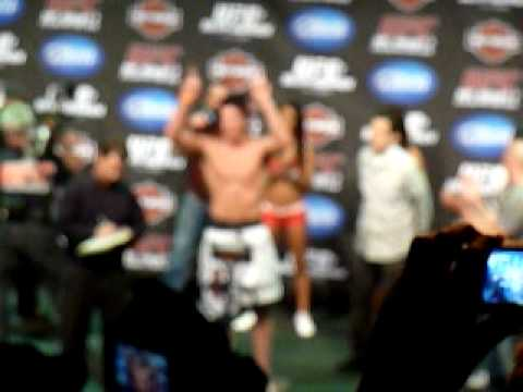 UFC 117 Weigh In Thiago Alves strips naked in front of Dana White! Sonnen vs Silva intro