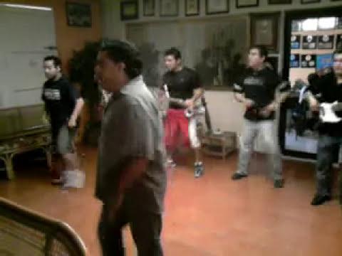 junior klan ensayo coreografia zopiloman
