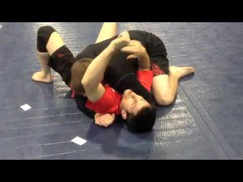 Side control escape (Shoulder trick) Image 1