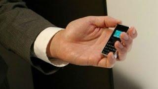 Самый маленький и лёгкий мобильный телефон в мире Phone Strap 2 WX06A