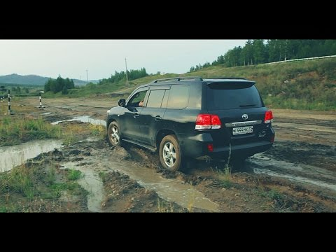 АВТОБАТТЛ: Toyota Land Cruiser 200 vs. LEXUS GX470