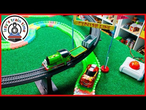 Cars for Kids | BACHMANN VS MAGIC TRACKS! Thomas and Friends Pretend Play