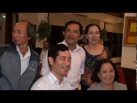 Video 3: Cựu HS Cường Để hội ngộ 40 năm ngày ra trường (1974-2014)