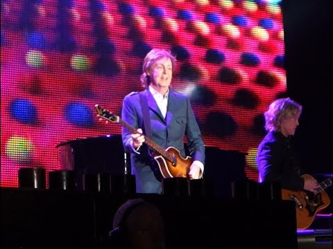 Paul McCartney San Diego Entrance and First 3 Songs - Petco Park 2014