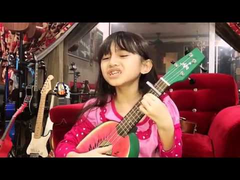 Aksiii anak kecil nyanyii Despacito keren bngettt