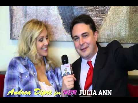 Andrea Dipré Presenta Julia Ann Sottotitolato In Italiano video