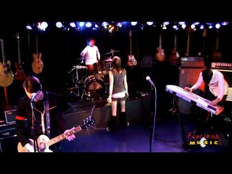 Shiny Toy Guns - Rainy Monday - Live on Fearless Music HD