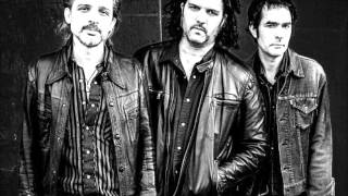 Watch Jon Spencer Blues Explosion Wait A Minute video