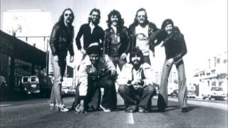 Watch Doobie Brothers Pursuit On 53rd Street video