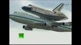 NASA Video_ Shuttle Discovery makes final flight over US