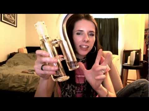 Linda reviews GlassCity's Double Bubbler scientific glass bubbler LIMITED EDITION
