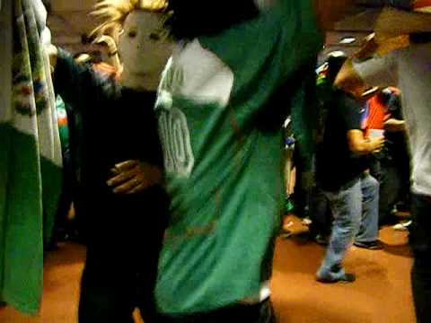 puro desmadre en mexico vs angola 2010 houston TEXAS Video