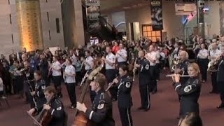 Watch Air Force Band Start A Flash Mob