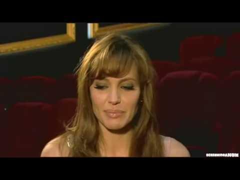 ANGELINA JOLIE TALKS 'KIDS AND BRAD' INTERVIEW