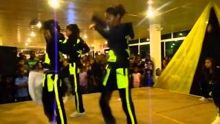crazy talent show Dmus entertainment suriname live on stage the ruff girls