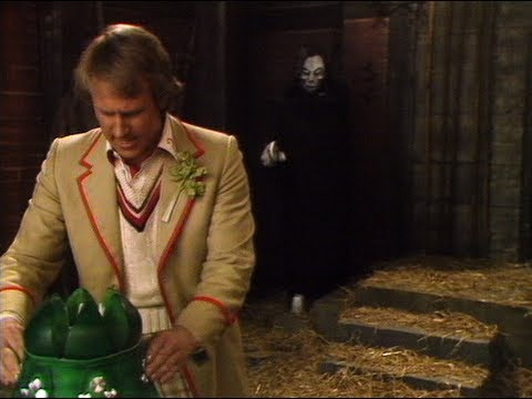 Tegan and Adric are caught by the Terileptils