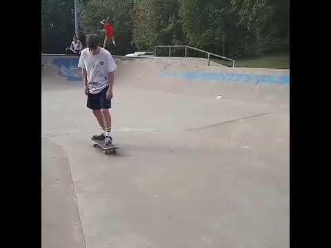 Name this trick for @og_egor 📹:@leenicolaou | Shralpin Skateboarding