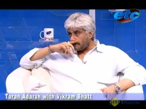 Taran Adarsh with Vikram Bhatt Video