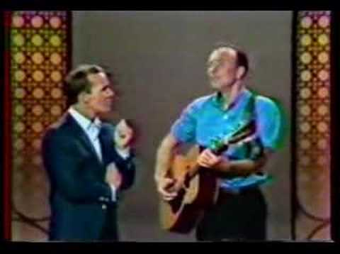 Pete Seeger - Wimoweh & Flowers Gone