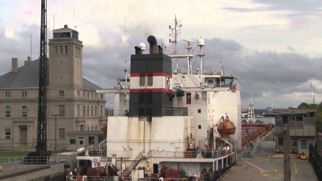 Sault Ste Marie >> Great Lakes Freighters in HD: Algoma Guardian in Soo Locks - YouTube